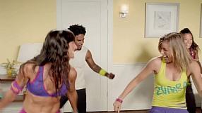 Zumba Fitness Core reklama telewizyjna