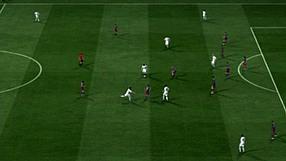 FIFA 11 Jak podawać? – Rozegranie  z klepki