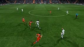FIFA 11 Jak mijać obrońców? Cz.1