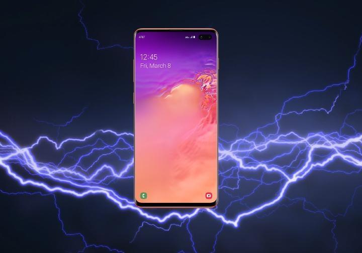 Samsung Galaxy S10+. Smartfony z najlepszą baterią 2019