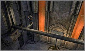 Wykorzystując drążki i belki przedostań się nad podwyższenie i skocz na którąś z wiszących chorągwi - Stajnie - Opis przejścia - Prince of Persia: Zapomniane Piaski - poradnik do gry
