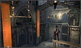 Z tyczki przeskocz na szczyt odchylonego elementu, a stamtąd na kolejny drążek - Stajnie - Opis przejścia - Prince of Persia: Zapomniane Piaski - poradnik do gry