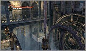 Skocz na górną belkę drugiego mechanizmu, a z niej na kolumnę i następnie na górną belkę pierwszego mechanizmu - The Works (2) - Opis przejścia - Prince of Persia: Zapomniane Piaski - poradnik do gry
