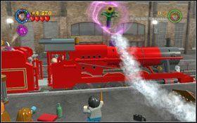 Na stacji przejdź na prawo - z lokomotywy zacznie wydostawać się para - Wieści z Azkabanu - Opis przejścia - Rok 3 - LEGO Harry Potter Lata 1-4 - poradnik do gry