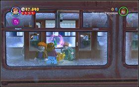 Pchnij wózek - odblokujesz przejście do drugiego przedziału, a także zasłonisz okno - Wieści z Azkabanu - Opis przejścia - Rok 3 - LEGO Harry Potter Lata 1-4 - poradnik do gry
