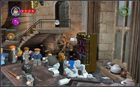 Drugą filiżankę zdobędziesz używając magii na stercie filiżanek poukładanych przy szafie, a następnie otwierając szafę (WL ) #1 - Zamek Hogwart #6 | Opis przejścia - Rok 3 - LEGO Harry Potter Lata 1-4 - poradnik do gry