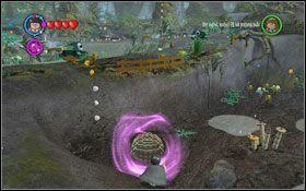 Użyj magii na roślinach obok drzewa, po czym przełącz się na Hermionę i wykorzystaj Krzywołapa by zrobić podkop #1 - Zamek Hogwart #6 | Opis przejścia - Rok 3 - LEGO Harry Potter Lata 1-4 - poradnik do gry