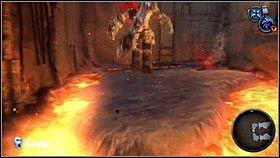 Jako pierwszy cel wybieramy pochodnię [1], a drugi bomby przyczepione do słupa - Katedra Zmierzchu (3) - Opis przejścia - Darksiders - PC - poradnik do gry