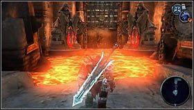 Żeby wrócić z powrotem, rzucamy Gwiazdę w dwa kamienie przyczepione do posągów [1] [2] - Katedra Zmierzchu (4) - Opis przejścia - Darksiders - PC - poradnik do gry