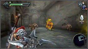 Zza ściany zaatakują nas potwory dowodzone przez demona trucizny [1] - Nadzorca - Opis przejścia - Darksiders - PC - poradnik do gry
