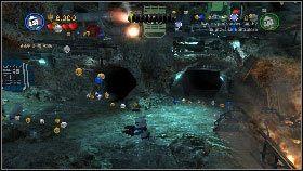 Zostaniesz tutaj zaatakowany przez potwora w kształcie wielkiego węża - Generał Grievous (6) - Tryb fabularny - LEGO Star Wars III: The Clone Wars - poradnik do gry