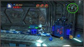 Po animowanej scence przełącz się na żołnierzy w bazie (naciśnij i przytrzymaj klawisz U), wejdź jednym z nich na górę i zniszcz wszystkie panele [1] - Generał Grievous (6) - Tryb fabularny - LEGO Star Wars III: The Clone Wars - poradnik do gry
