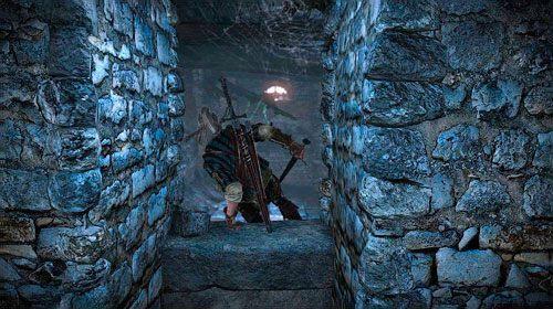 Przejście po prawej jest niemożliwe z uwagi na ogień, przejdź więc do końca korytarza - W szponach szaleństwa (kroki 1 - 5) | Akt 1 - zadania poboczne w Wiedźmin 2 - Wiedźmin 2: Zabójcy Królów - poradnik do gry