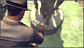 Podnieś leżący po lewej stronie list, uaktualniając poprzedni ślad (Clue - First excerpt) i odblokowując nowy trop (Clue - Second excerpt) #1 - Case 13 - The Quarter Moon Murders (1) - Główne śledztwa - L.A. Noire - poradnik do gry