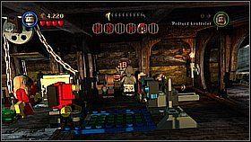 Szukamy miejsca z kolorowymi klockami wbitymi w sufit - podskakujemy tu, aby je strącić - Czarna Perła atakuje - opis przejścia - Klątwa Czarnej Perły - LEGO Piraci z Karaibów - poradnik do gry