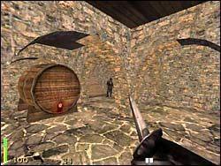 Znajdujemy się na piętrze kafejki - Mission 2: Part 1 - Return to Castle Wolfenstein - poradnik do gry