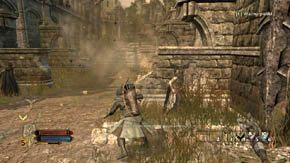 Biegnij za elfami, zniszcz skrzynk� po lewej, a potem p�jd� kr�tk� �cie�k� po prawej na g�r� - Dzielnice wewn�trzne (1) - Rozdzia� 1 - W�adca Pier�cieni: Wojna na P�nocy - poradnik do gry