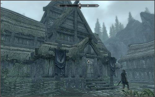 Helvarda można przez cały dzień odnaleźć wewnątrz znajdującego się przy głównej ulicy długiego domu jarla (powyższy screen) - Zlecenie- Zabij Helvarda | Zadania Mrocznego Bractwa | Solucja Skyrim - The Elder Scrolls V: Skyrim - poradnik, mapy, questy
