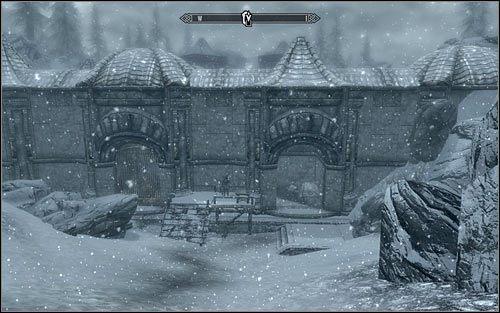 Jeżeli nie masz nic przeciwko staczaniu bezpośrednich walk z bandytami, to do celu podróży najlepiej zbliżyć się od południowego-wschodu (powyższy screen) - Zlecenie- Zabij Malurila | Zadania Mrocznego Bractwa - The Elder Scrolls V: Skyrim - poradnik, mapy, questy