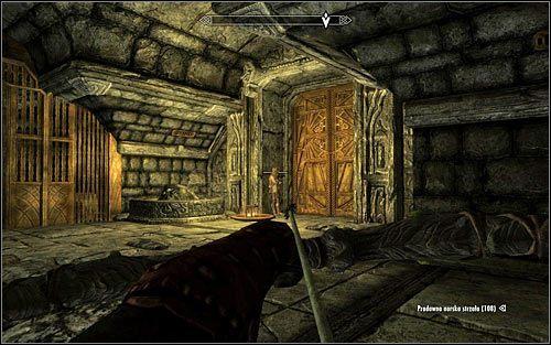 Docelowo powinieneś dotrzeć do bramy pilnowanej przez pojedynczego wartownika (powyższy screen) - Zlecenie- Zabij Malurila | Zadania Mrocznego Bractwa - The Elder Scrolls V: Skyrim - poradnik, mapy, questy
