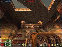 Sekret #10: Na samym końcu poziomu, kiedy przejdziesz korytarz z drzwiami otwieranymi przez dwa przyciski, trafisz do większej sali - Misja 4: Serpent Yards - Serious Sam: Drugie Starcie - poradnik do gry