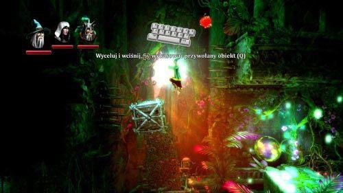 Przejdź w prawo i przesuń magiem skrzynię na będącą w górze windę - Zapomniana Dzicz (1) - Opis przejścia gry - Trine 2 - poradnik do gry