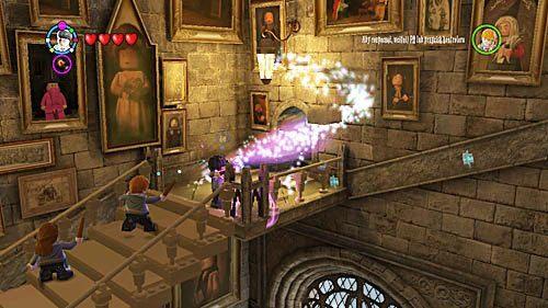 W miejscu gdzie duch skręcił znajdziemy klocki, z których składamy więcej schodów - Lekcja 3 - Wywar Żywej Śmierci - Opis przejścia - Rok 6 - LEGO Harry Potter: Lata 5-7 - poradnik do gry