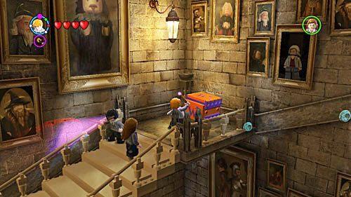 Na kolejnym poziomie znajdziemy kufer Weasleów przełączamy się na Rona i otwieramy - Lekcja 3 - Wywar Żywej Śmierci - Opis przejścia - Rok 6 - LEGO Harry Potter: Lata 5-7 - poradnik do gry