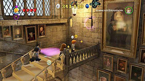 Teraz wystarczy że pociągniemy za linę i dostaniemy się do gabinetu profesora Dumbledora - Lekcja 3 - Wywar Żywej Śmierci - Opis przejścia - Rok 6 - LEGO Harry Potter: Lata 5-7 - poradnik do gry