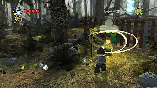 Dzięki zaklęciu dowiadujemy się, że szuka on swojej łyżki - Odwiedziny u małego Toma Riddlea - Opis przejścia - Rok 6 - LEGO Harry Potter: Lata 5-7 - poradnik do gry