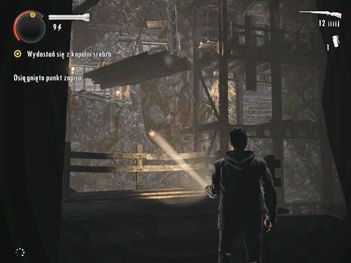 Jak zauważysz na krótkim filmiku, jeden z potworów otworzył Ci drogę próbując rozpocząć z Tobą walkę - Mirror Peak (3) - Odcinek 3- Okup - Alan Wake - PC - poradnik do gry