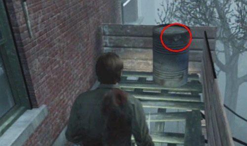 Wejd� do g�ry po drabinie, kt�r� opu�ci�e� i id� w praw� stron� - Misje poboczne (2) - Silent Hill cz.1 - Silent Hill: Downpour - poradnik do gry