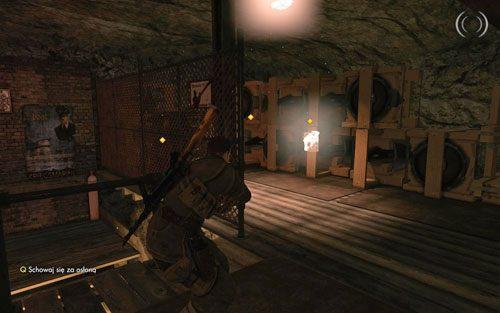 Wyjdź po schodkach aby umieścić pierwszy ładunek wybuchowy [#7] - Misja 2 - Obiekt Mittelwerk (2) - Sniper Elite V2 - poradnik do gry