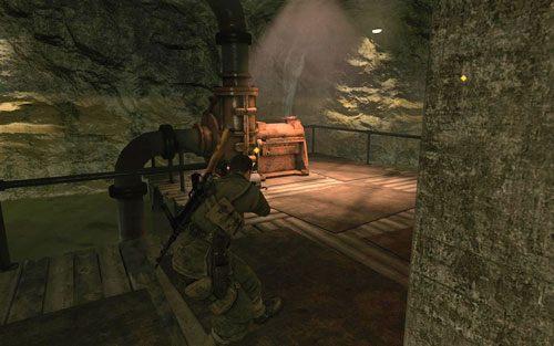 Powoli udaj się do korytarza numer 39 - po drodze powinieneś napotkać jeszcze jednego Niemca - jeśli byłeś wystarczająco blisko początku, Twój strzał wciąż powinien zostać zagłuszony - Misja 2 - Obiekt Mittelwerk (2) - Sniper Elite V2 - poradnik do gry