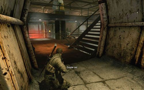 Gdy rozlegną się alarmy to najwyższy czas na ucieczkę - nie spiesz się jednak, nim opuścisz biuro postaraj się mieć czystą drogę przed sobą - Misja 2 - Obiekt Mittelwerk (2) - Sniper Elite V2 - poradnik do gry