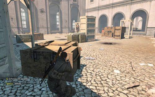 Idź dalej korytarzem, gdy dotrzesz do ostatniego okna po prawej, ponownie wyskocz na plac - Misja 3 - Muzeum Kaiser-Friedrich (2) - Sniper Elite V2 - poradnik do gry