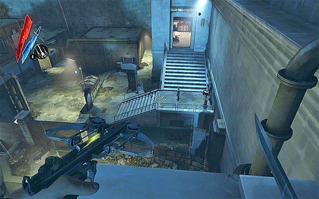 Kolejne ważne miejsce to posterunek (powyższy screen) i to właśnie tu rozpoczyna się eksplorację podwórza w sytuacji wybrania drzwi znajdujących się na parterze budynku Nadzorcy - Zbadanie podwórza - Misja 2 - High Overseer Campbell - Dishonored - poradnik do gry