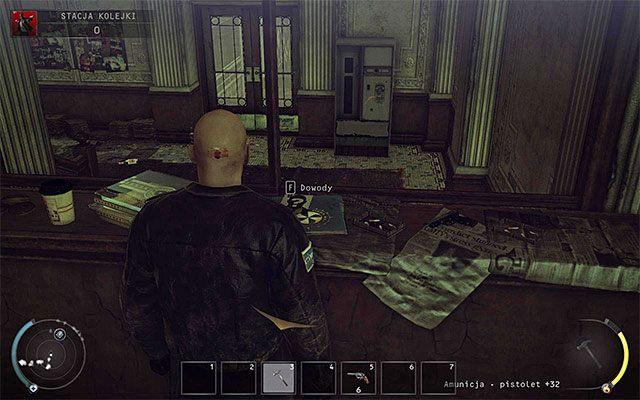 Je�li tylko masz tak� mo�liwo��, to radz� zbada� lobby budynku, kt�re jest do�� licznie okupowane przez si�y wroga - Dotarcie na stacj� (Stacja kolejki) - 4 - Uciekaj, by prze�y� - Hitman: Rozgrzeszenie - poradnik do gry