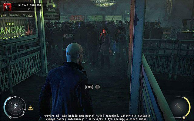Niezależnie od tego czy zabrałeś dowody czy też nie skieruj się do lewego wejścia z budynku, czyli tego, przy którym wcześniej pojawili się członkowie oddziału SWAT - Dotarcie na stację (Stacja kolejki) - 4 - Uciekaj, by przeżyć - Hitman: Rozgrzeszenie - poradnik do gry