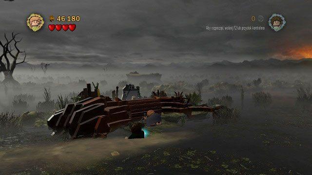 Pod��aj�c �ladami Golluma natrafimy na blokuj�ce nam drog� drzewo - Martwe Bagna - Opis przej�cia - Akt II - LEGO The Lord of the Rings: W�adca Pier�cieni - poradnik do gry