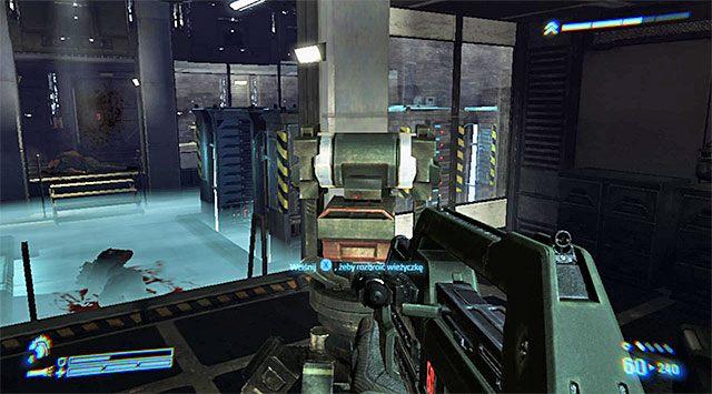 Do drugiej wieżyczki prowadzi korytarz zlokalizowany na prawo od sali projekcyjnej - Zajdź wieżyczki z flanki i wyłącz je - Misja 2 - Bitwa o Sulaco - Aliens: Colonial Marines - poradnik do gry