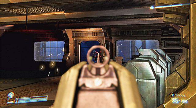 Ruszaj śladem pozostałych członków drużyny - Przejdź przez sekcję inżynieryjną na pokład dowodzenia - Misja 2 - Bitwa o Sulaco - Aliens: Colonial Marines - poradnik do gry