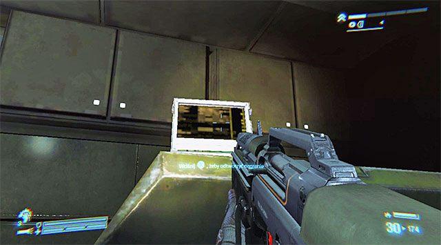 Zbadaj pomieszczenie, w którym rozegrała się ostatnia bitwa, odnajdując w pokazanym na powyższym screenie miejscu drugie nagranie (zadbaj o to żeby ustawić się we właściwym miejscu, bo tylko wtedy stanie się ono interaktywne) - Przejdź przez sekcję inżynieryjną na pokład dowodzenia - Misja 2 - Bitwa o Sulaco - Aliens: Colonial Marines - poradnik do gry