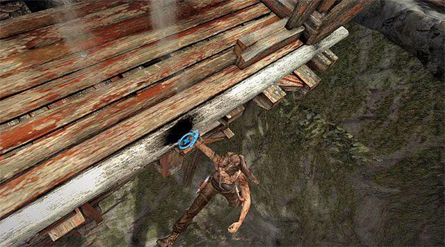 Po odzyskaniu kontroli nad główną bohaterką ogranicz się do wychylania gałki analogowej w lewo i w prawo (lub wciskania bocznych klawiszy kierunkowych), tak by omijać większe przeszkody na drodze jej zjazdu - Rozpal ognisko, by nadać sygnał wezwania pomocy - 8 - Wołanie o pomoc - Tomb Raider - poradnik do gry