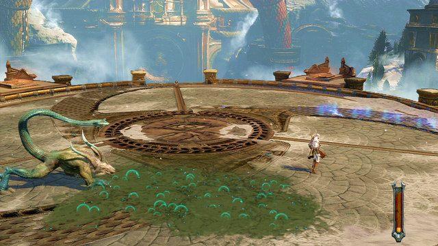 W pierwszej fazie chimera walczy na czterech łapach i atakuje głównie wężem, który pluje kwasem tworząc lepką kałużę - Walka z Chimerą - 7 - Delficka Wieża - God of War: Ascension - poradnik do gry