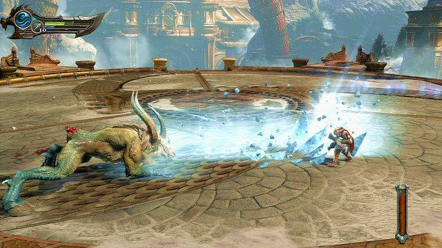 W trzeciej fazie chimera powróci na cztery łapy i rozpoczniesz walkę z kozłem - Walka z Chimerą - 7 - Delficka Wieża - God of War: Ascension - poradnik do gry