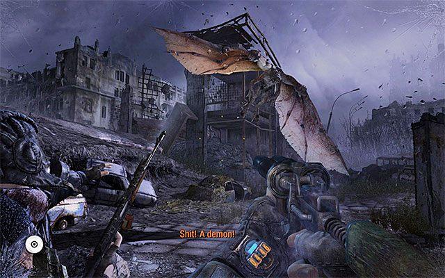 W okolicy pojawi się wkrótce demon, czyli latający potwór - Podążaj za Pawłem do Stacji Teatr   Rozdział 8 - Echo - Metro: Last Light - poradnik do gry