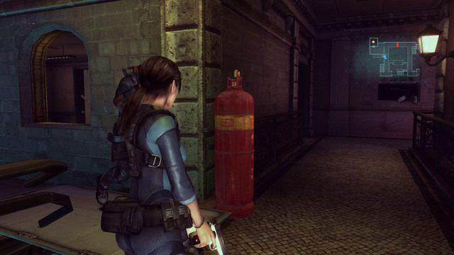 Przede wszystkim zapoznaj się z lokalizacją stojących w okolicy czerwonych butli z gazem - Duchy Veltro - część II - Epizod 3 - Resident Evil: Revelations - poradnik do gry