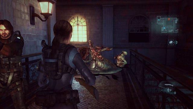 Gdy boss wreszcie padnie na ziemię martwy, podnieś pozostawiony przez niego klucz Koło - Duchy Veltro - część II - Epizod 3 - Resident Evil: Revelations - poradnik do gry