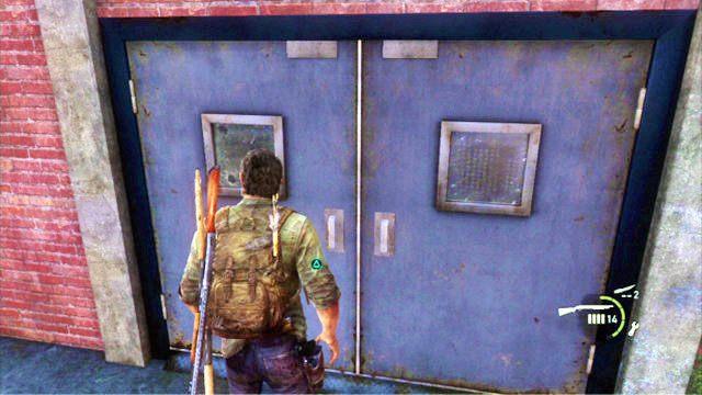 Przedostawszy si� na drug� stron� ogrodzenia, sprawd� drzwi do pobliskiego budynku, a nast�pnie obejd� go z lewej - Cmentarz - Miasteczko Billa - The Last of Us - poradnik do gry